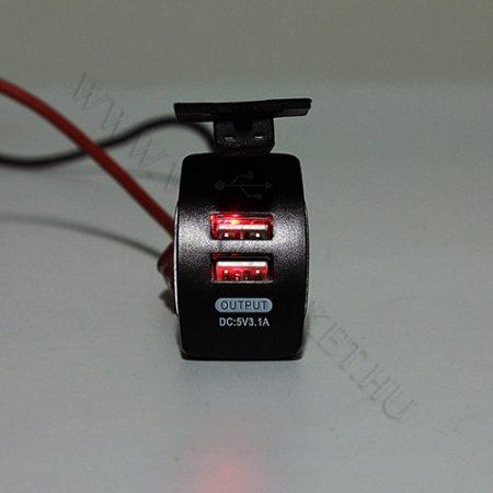 Autós 12V 24V beépíthető dupla USB töltő, flipp kupak, tablet és okostelefon, telefon töltő, Piros