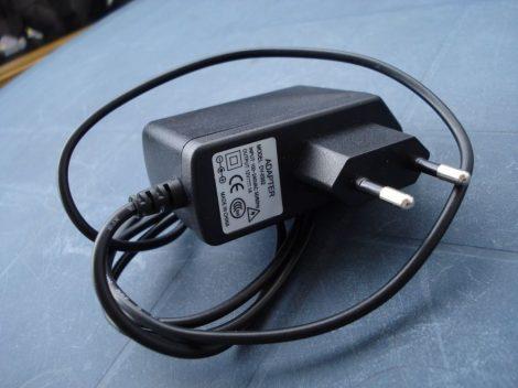 Biztonsági kamera tápegység 12V 1A, adapter