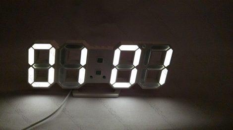 Design asztali LED óra, LED digitális óra, hőmérő, Fehér digit kijelzős