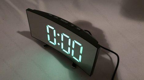 Design asztali LED óra, ívelt tükrös asztali LED óra, zöld LED