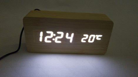 Design asztali LED óra, hang és érintés vezérelt LED óra, fehér