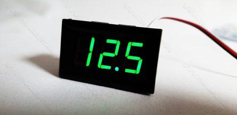Digitális beépíthető feszültségmérő, voltmérő DC 0-30V ZÖLD